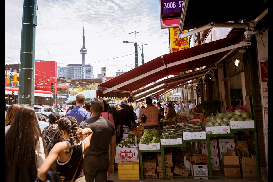 A Treat For Your Tastebuds: Toronto Foodie Tour