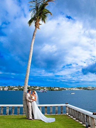 "Molly & Josh Moongate Wedding: ""We thought the beach was what we wanted, but after seeing the Hamilt"