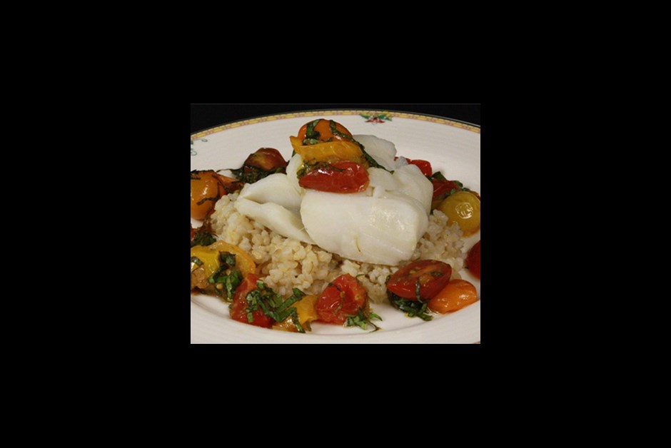 Steamed cod, organic brown rice, tomato basil relish