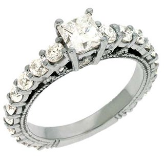 Wedding Tip: Choosing the Right Engagement Ring