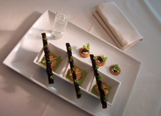 Roasted Scallops, Watercress and Asparagus Cappuccino with Québec Caviar