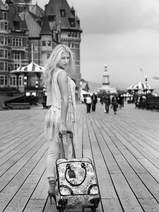 Shooting Photo with Jazzy at Fairmont Le Chateau Frontenac