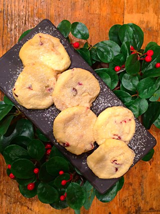 Dried Cranberry Shortbread with White Chocolate