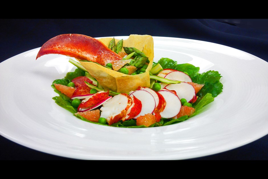 Baby kale, asparagus, snow peas & grapefruit salad  with lobster