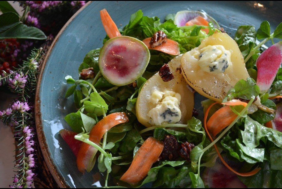 Champagne Poached Pear Salad with Beddis Blue Cheese & Pecans