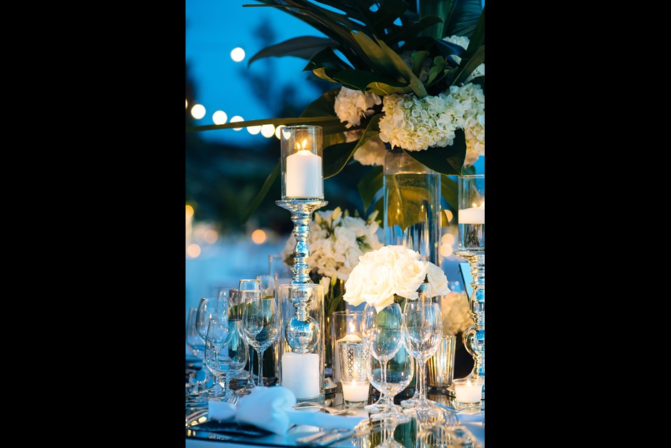 Reception tables at the Ocean Club by GLDN Events