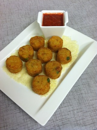 "Tuna Noodle Casserole ""Tots"" with Tomato Dipping Sauce"