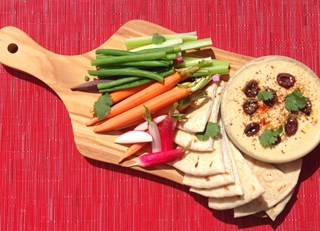 Traditional Hummus and Crudités