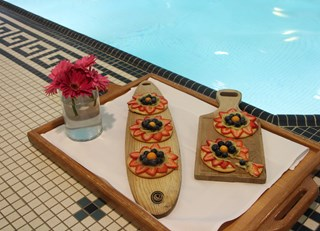Palliser Poolside Fruit Pizza