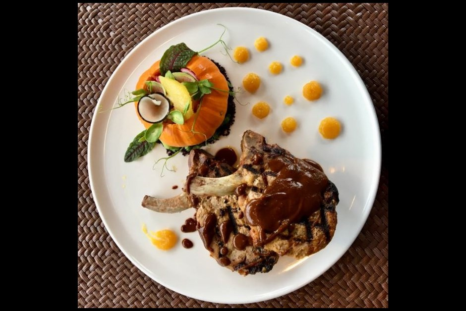 PORK ENTRECOTE WITH PUMPKIN AND APPLE SALAD