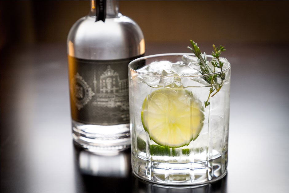 Fairmont Royal York 14th In Line Small Batch Dillon's Gin